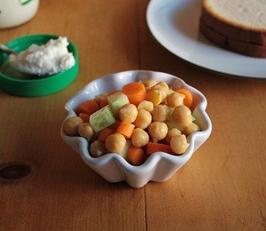 findvegan:  Vegan Chickpea Sandwich