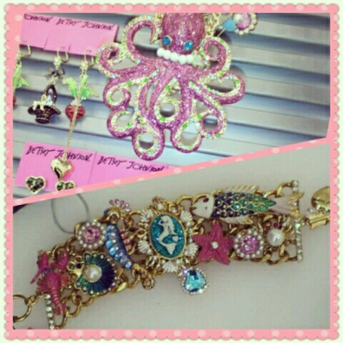 WHAT IS THIS??!!! #betseyjohnson #nautical #mermaid #octopus #jewelry #necklace #bracelet #fish #cute #kawaii #pink #colorful #seahorse #sparkley #summer  (Taken with instagram)
