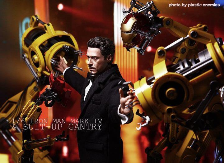 [HOT TOYS] Tony Stark by Plastic Enemies