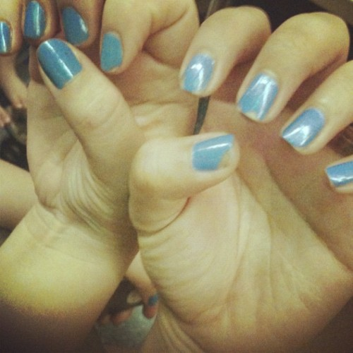 Unintentional nail matching with @christinelee! 💅💅💅 biffle powers. #nails #nootd #bff #bestfriends #TWINSIES (Taken with instagram)