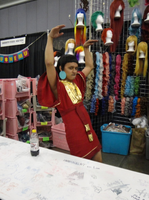 veence:  wooperpooper:  Awesome Kuzco at Fanime.  Thrusting is all in a day's work.  I love you Vince