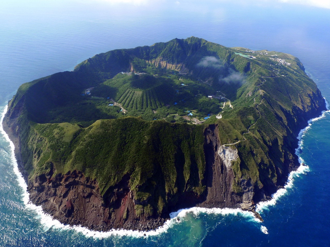 Aogashima Island, Japan (more photos of the island by Izuyan)