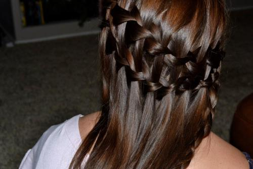 fuckyeahbraids:  double waterfall braid :)