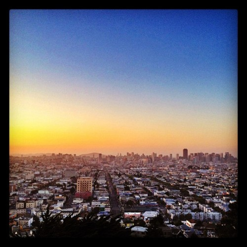 Sunset part 2 #sanfrancisco #sf #bernal #sunset #igerssf  (Taken with Instagram at Bernal Heights Park)