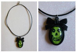 Green Misfits Cameo Necklace