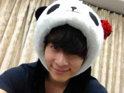 "2PM's Chansung Becomes a Panda  On May 29, Chansung tweeted, ""Junsu hyung is on the move! Haha ジュンスさん行こう (Let's go Junsu hyung).   The included picture showed Chansung, smiling for the camera while sporting a panda character hat.   Photo credit: Chansung's Twitter"