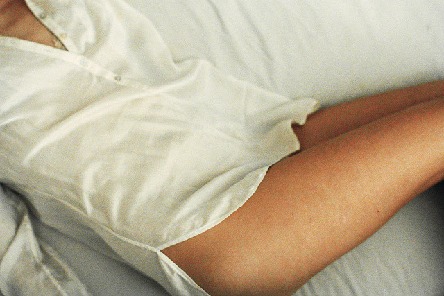 m-as-tu-vu:  still tired in bed by Esben Bøg on Flickr.