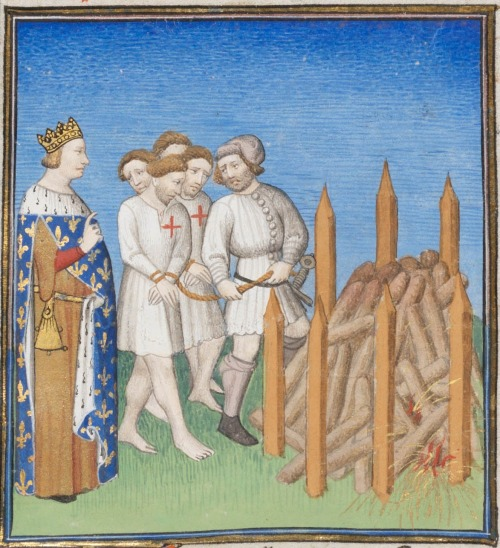 15th century (ca.1410) France - Paris    Genève, Bibliothèque de Genève Ms. fr. 190-2: Giovanni Boccaccio, Des cas des nobles hommes et femmes, Paris  fol.176r - King Philip IV of France; Knights Templar with their Grandmaster Jacques de Molay about to be executed by burning at the stake  http://www.e-codices.unifr.ch/en/list/one/bge/fr0190-2