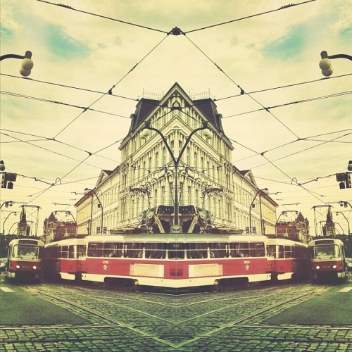 NICE!  byrnes:  #tram collide #mirror #prague #czechrepublic (Taken with instagram)