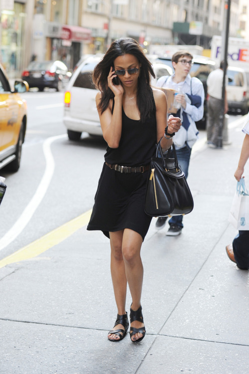openandclosed1:  Zoe Saldana in NYC