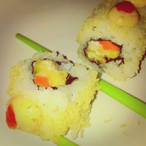 #spicy #chicken #roll #instagram #instaphoto #instaworld #android #androidphoto #pingram #pingramme #hellogram #instadaily #instacnvs #photooftheday #instago #instagramers #picoftheday #instacanvas #instadaily #instagramhub #gf_daily #gang_family #icTT #japanese #rice #nori #chicken #katsu #tamago #suteki #sauce #crab #stick #cucumber #tamago #hotate #maguro #mayonaise (Taken with instagram)