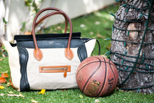 thecoveteur:  The LA girl's gym bag.