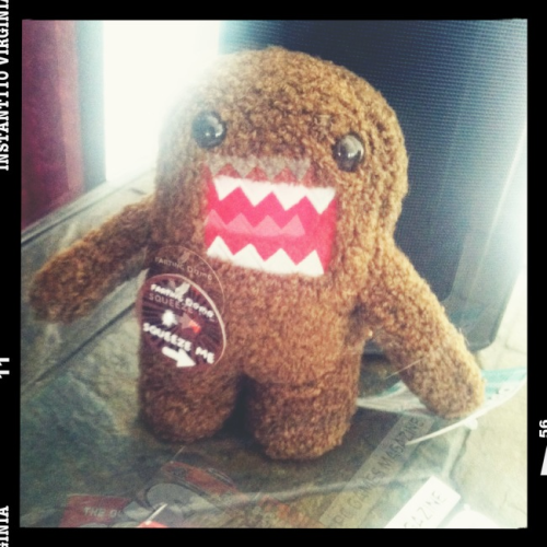 bw33zy:  The farting Domo I got for josh.