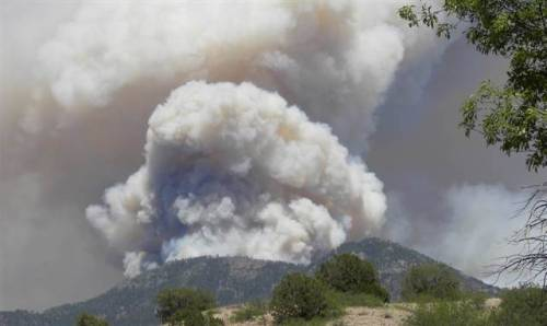 Wildfire shatters record for largest in New Mexico MSNBC.com:A wildfire burning in the Gila National Forest is now the largest blaze on record in New Mexico, a fire incident spokesman says. Two lightning-sparked fires merged last week to form the giant blaze, which has grown to more than 170,000 acres. Photo: Smoke from the Whitewater-Baldy Fire is seen on Tuesday, May 29, 2012, in the Gila National Forest, New Mexico. (Andrea Martinez / Gila National Forest via msnbc.com)