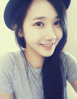[VERIFIED] Hello Venus's Yoo Ara => @HV_YAra welcome to this family and have fun hereeee~~!! ^^ ξ\(⌒.⌒)/ξ