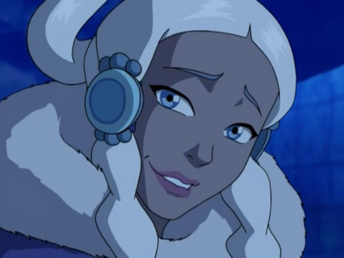 sunnycloud:  There should be more pictures of Yue on tumblr. She is so beautiful!  Yes, I agree, here are some nice ones: