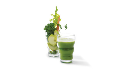 Smart Juicing Trying to eat more veggies and fruits? Here's what the experts say about the pros and cons of juicing. Tell us what your favorite juice or smoothie ingredients are! Also: Enter to win one of five copies of Crazy Sexy Juices and Succulent Smoothies by Kris Carr. Fill out the form here.
