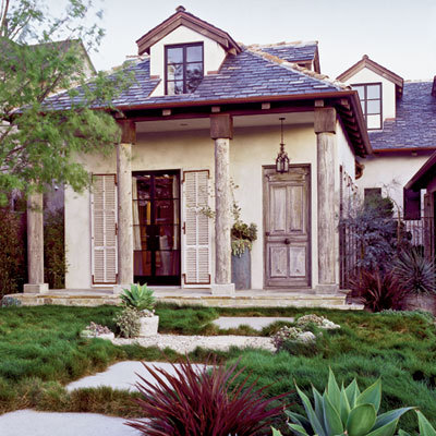 georgianadesign:  Designer Sue White's rustic California home. Coastal Living.