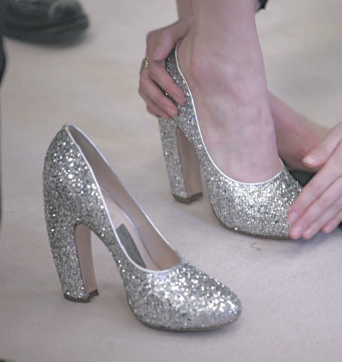 sfilate:  Backstage at Miu Miu A/W 2011
