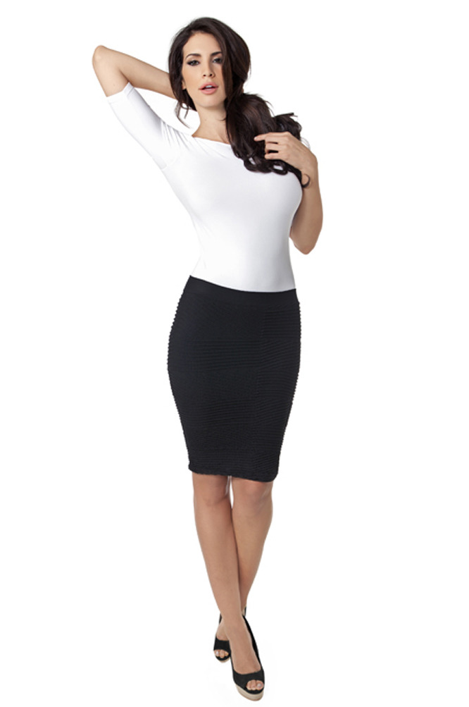 This Tees by Tina Textured Skirt is a steal at $46! The silhouette is sophisticated yet the knit gives it a casual twist. You can wear this for work or play. Plus, the stretch in the fabric and the seriously soft waistband makes this skirt beyond comfy! Available in black, ink, royal purple, or tangerine.