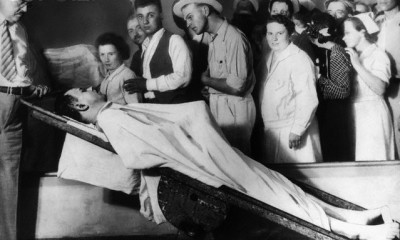 Public viewing of Dillinger's body, 1934, Chicago.