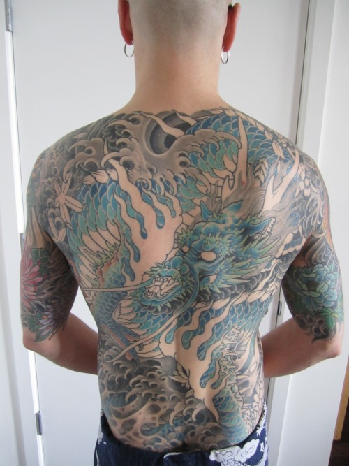 Sitting #11 (38 hours, to date) on my Mike Rubendall backpiece.  Read about the process at Bodysuit To Fit. You can also follow me on Twitter - @doctorgrosz