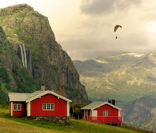 We ♥ Norway by B℮n on Flickr.this is great