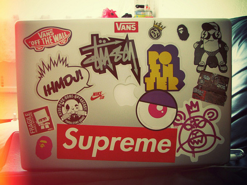 baconsgreat:  Laptop.