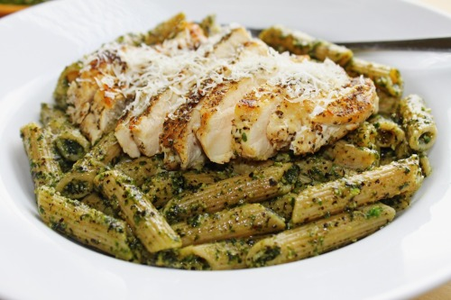 prettypasta:  Grilled Chicken with Mixed Greens Pesto Pasta