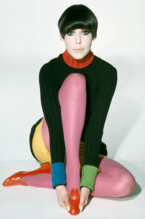 steroge: Peggy Moffitt modeling Rudi Gernreich design, 1971, photo by William Claxton*