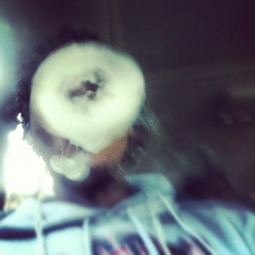 #hightimes #stonergang #iphonography #iphonesia #lookatit #teamfollowback #smoketricks  (Taken with instagram)
