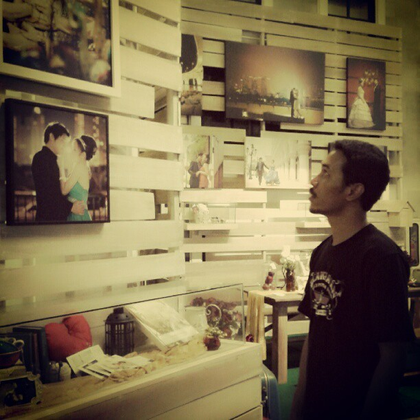 The Gallery…  cc. @ry4n_4rya  #gallery #silent #art #Indonesia (Taken with instagram)