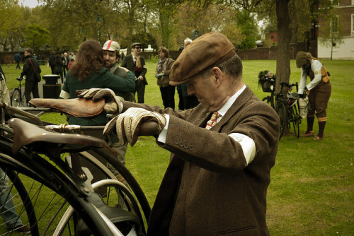 Tweed_Run_London_May_2012 (87 of 137) by NONUSUAL on Flickr.