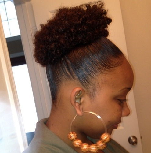 fuckyeahnaturalhair:  Puffs:)