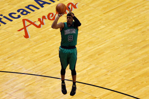 ihatelebronjames:  nba-basketball:  Rajon Rondo scored 44 pts, with 8 rebs and 10 assists.  plus he played the entire regulation & all of OT. Gotta love Rondo :)