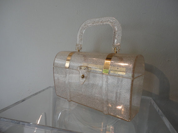 sadanimalclub:  Please get in my closet right now 50s Purse / Vintage 1950s Lucite Gold Sparkle by xtabayvintage