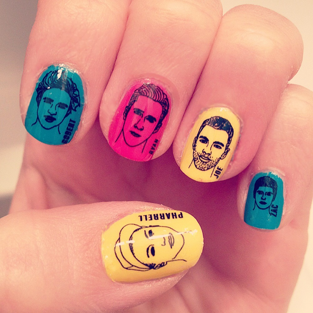 OMFG. RYAN GOSLING NAIL WRAPS IN CLEAR VERSION. #dead