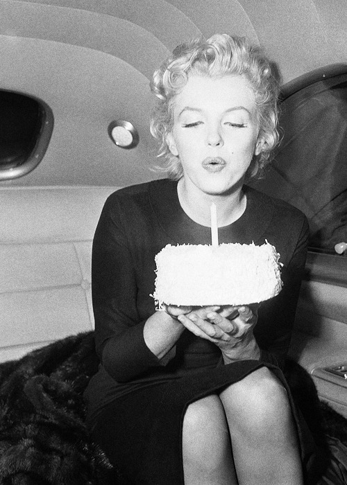 HAPPY 86TH BIRTHDAY MARILYN!