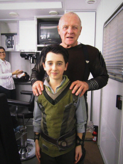 sophielokison:  Anthony Hopkins and Little Loki