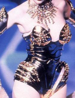 somethingvain:  Thierry Mugler F/W 1995 rtw, Nadja Auermann