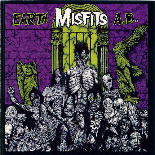 dyinggod:  Currently listening to: Earth A.D./Wolfsblood, by The Misfits.  Same here… QUEEN WASP GO!