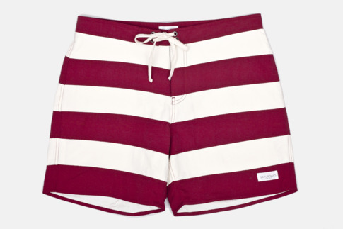 Saturdays Jailbreak Boardshort Most likely copping today. I'm tryna get my North Carolina beach week attire on lock.