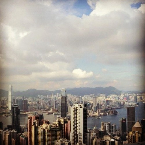 View from the peak. #Hong Kong #China #Buildings #view #top #thepeak #igersoftheday ##instagood #iphoneonly #iphoneonly #iphoneasia #bestagram #all_shots #igdaily #iphotography #iphonography #webstagram #instagramhub #picoftheday #igerspinoy #instagood #instagrammers #igaddict #igtravel #instapic #instagood #photography (Taken with instagram)