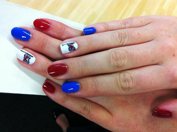 wgsn:  Who else is opting for Jubilee-themed nails this weekend? Here's a great example from Bourjois UK.