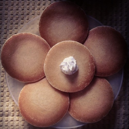 babyminaj:  BREAKFAST🍴 (Taken with instagram)
