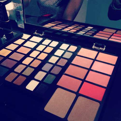 NARS Laptop with most of their blush and eyeshadow shades; need this!