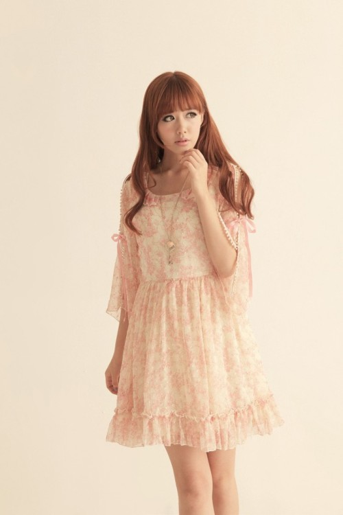 (via Tiffany Style Pink korean dress)  http://www.asiankoreanfashion.com/