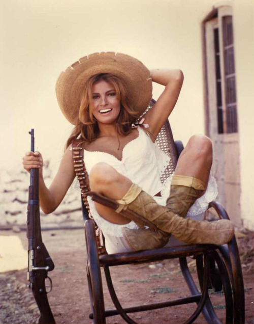 Raquel Welch in 100 Rifles (1969) retrogirly:  Raquel Welch