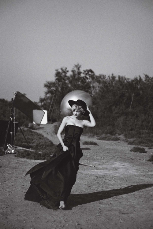 Carey Mulligan by Peter Lindbergh for Vogue US (October 2010).