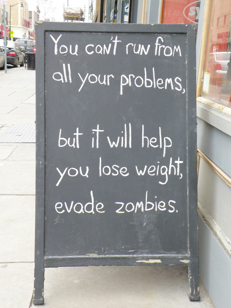 laughingsquid:  The Witty Chalked Messages Sign of Synergy Fitness in Jersey City